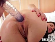 Intéressante vidéo porno sur malchanceux de la coulée de l'agent aventures sexuelles au cours de sa quête pour trouver un idéal actrice pour le nouveau film