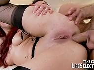 Hingematvalt porn koostamise featuring atraktiivne tüdrukud toitmine oma nälga pussies