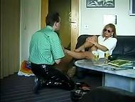 Mujer de Alemania se emocionó desde el placer trajo a sus piernas y me preparé para la continuación