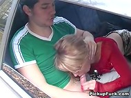 Russian guys picked up the dame that agreed to give blowjob in the car for good money