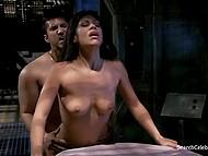 Morena Sexy garota quer ter um grande momento com o homem para que eles fode como nunca antes