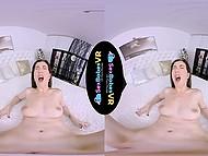 Отличное видео для очков виртуальной реальности, в котором тёлочка имитирует еблю с воображаемым партнёром