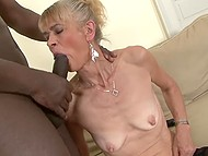 When grannie was young, she had no chance to be fucked by black man but now she is going to make up