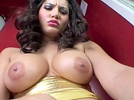 Indian woman Sunny Leone takes big vibrator in shaved vagina and slowly gets closer to orgasm