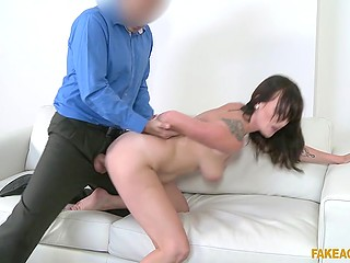 Fake porn agent couldn't fulfill the dream of Czech girl but he heartily fucked smooth cunt