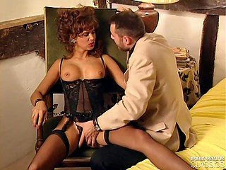 Guy wants to enjoy sex to the maximum so he chooses a girl in leopard fur coat and stockings