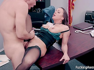 Sexy secretary understands that boss and his wife aren't happy together and initiates fuck