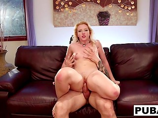 Blonde's ass touches cock of handsome fitness instructor and desire to fuck her fills guy