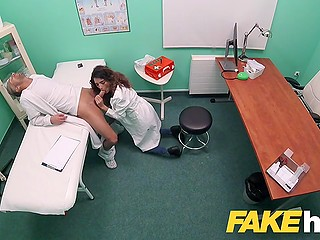 Lesson in cabinet ended for doctor and Spanish student Penelope Cum with spontaneous sex