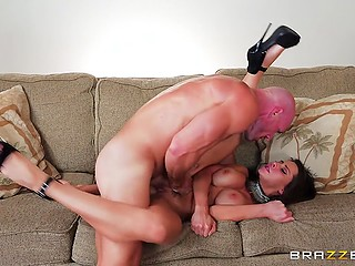 Mind-boggling MILF Madison Ivy in sexy outfit quickly finds bald stallion for awesome fuck