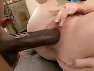 Velký penis čokoládovou pletí kámoš ojel těžké jeho zrzka cheat krku