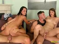 Impecable coquettes organizado sexual de la competencia en seducir a su cachonda novios